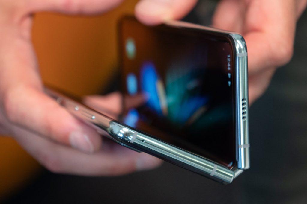 best flip smartphones